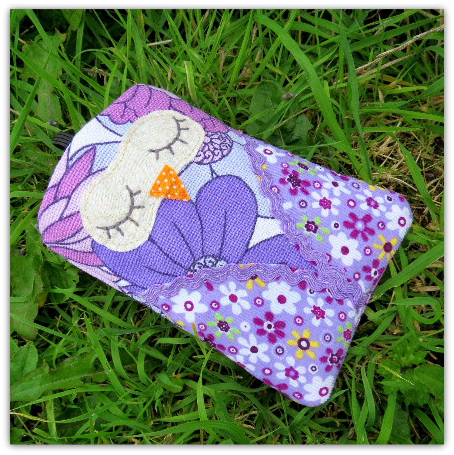 Snoozy owl, gadget sleeve.  For mobile phones, i-pods and small gadgets..15cm x 10cm ( internal measurements = 14cm x 9cm ) - TheSherbetPatch
