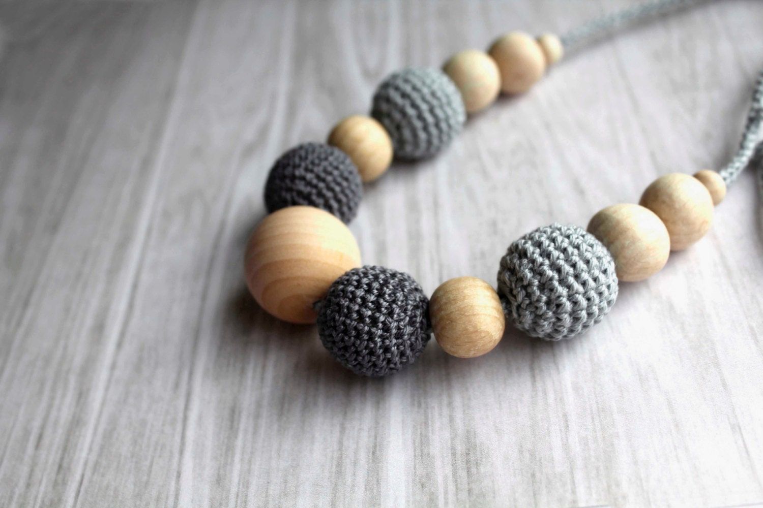 Grey Crochet Nursing Necklace - Breastfeeding Necklace - Teething necklace with crochet beads - designML