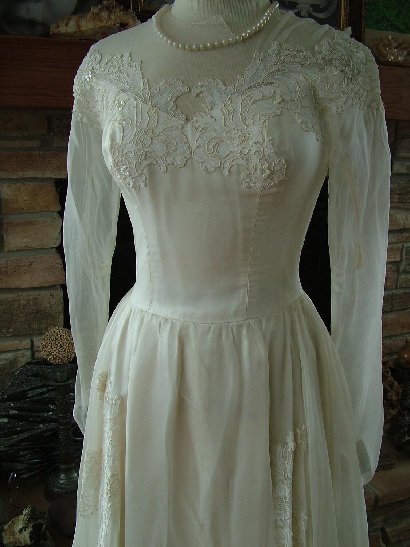 Wedding dress 1940s silk chiffon chantilly by for Best etsy wedding dress shops
