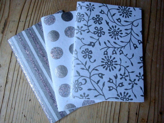 3 notebooks / jotters  (Glitter / white & silver)