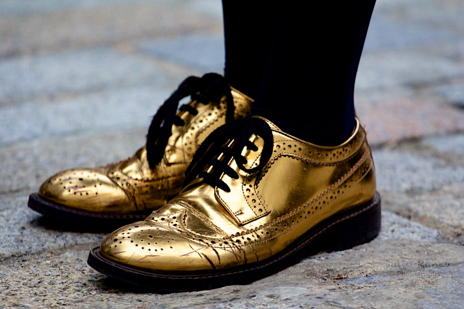 Photo print: Golden brogues at London Fashion Week. Fashion photography. photography of shoes. - Juliophotos