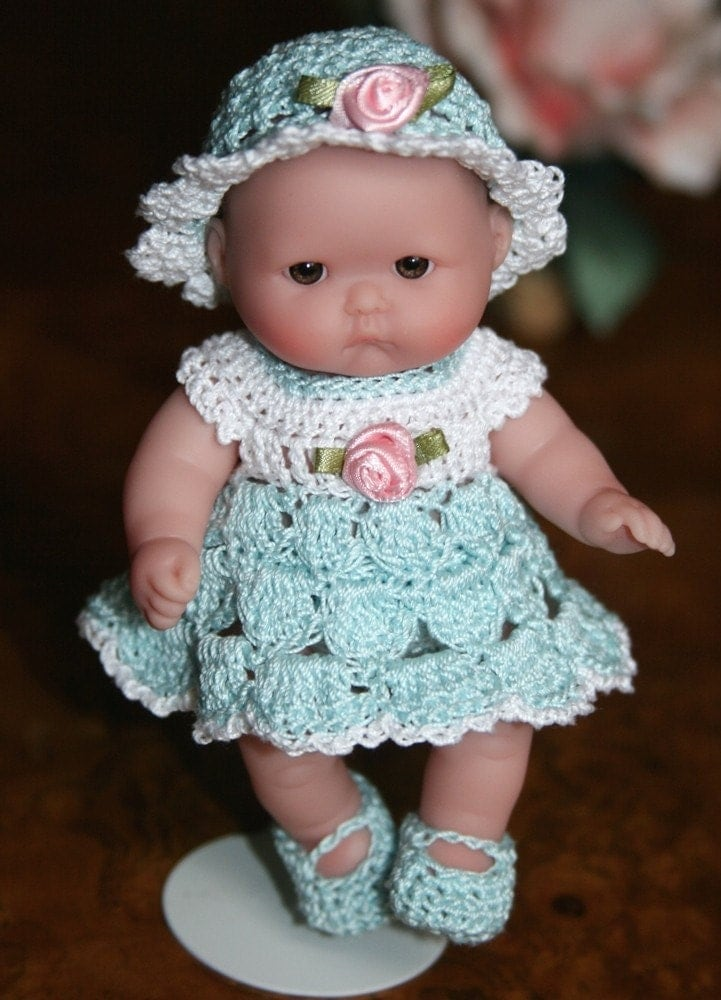 Crocheting Doll Clothes : Crochet Baby doll clothes Berenguer 5 inch baby Shell Dress Set Sea ...