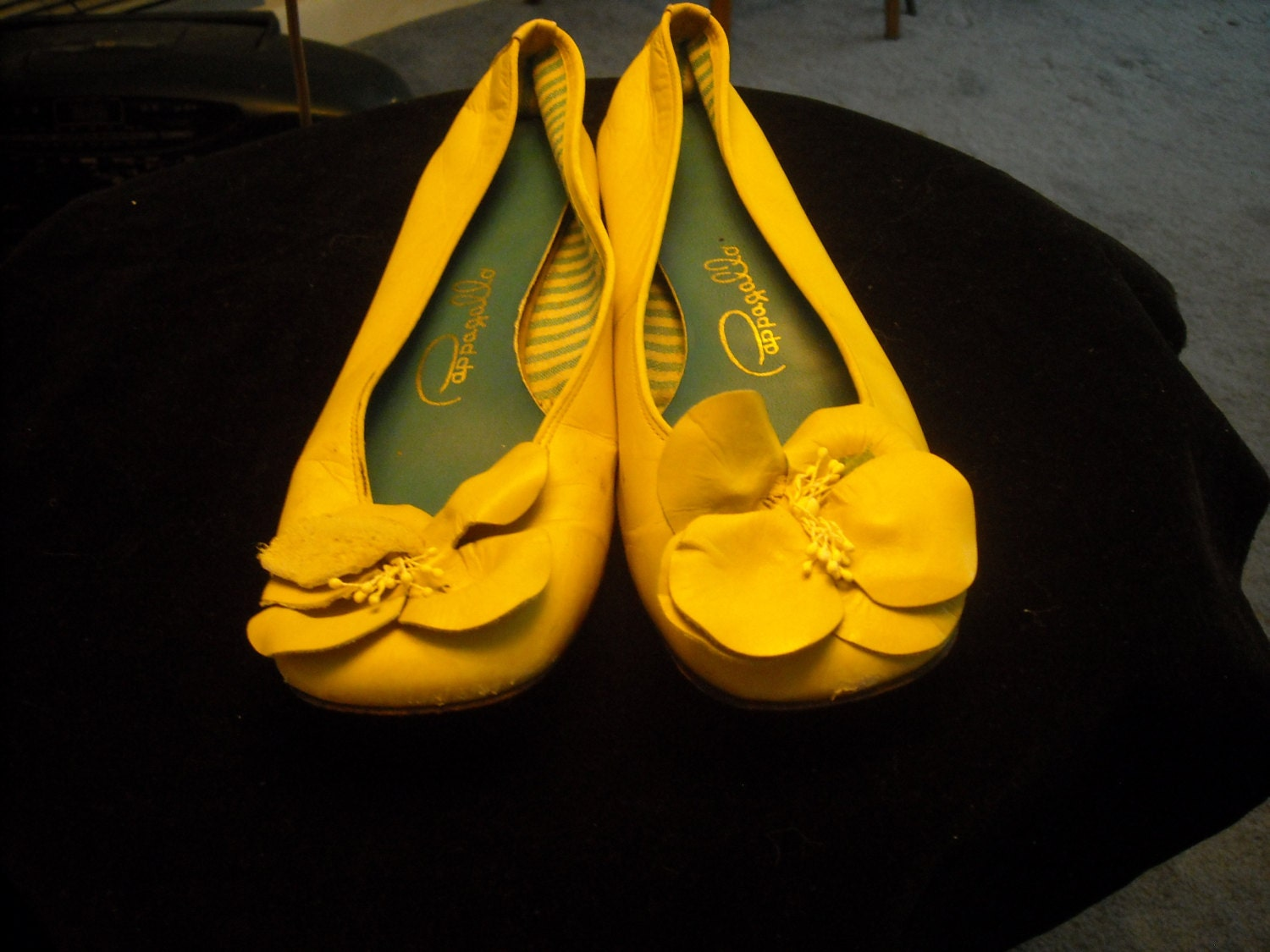 60s YELLOW PAPPAGALLO SHOES Size 7 With Flower in by OldiesbutGood