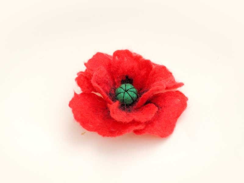 Hand  Felted brooch red poppy  flower from Merino Wool perfect St.Valentine gift, tender for baby