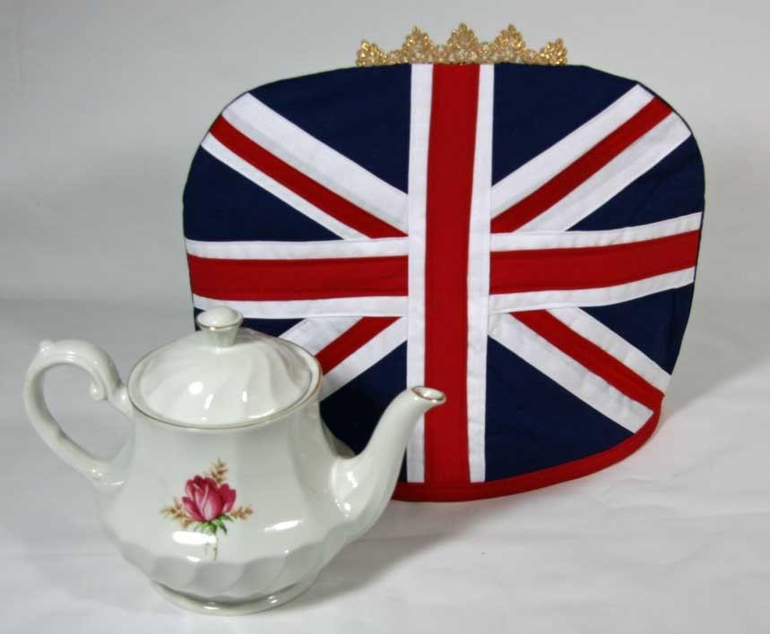 Использование принта британского флага в интерьере и в одеждах - популярная тема.