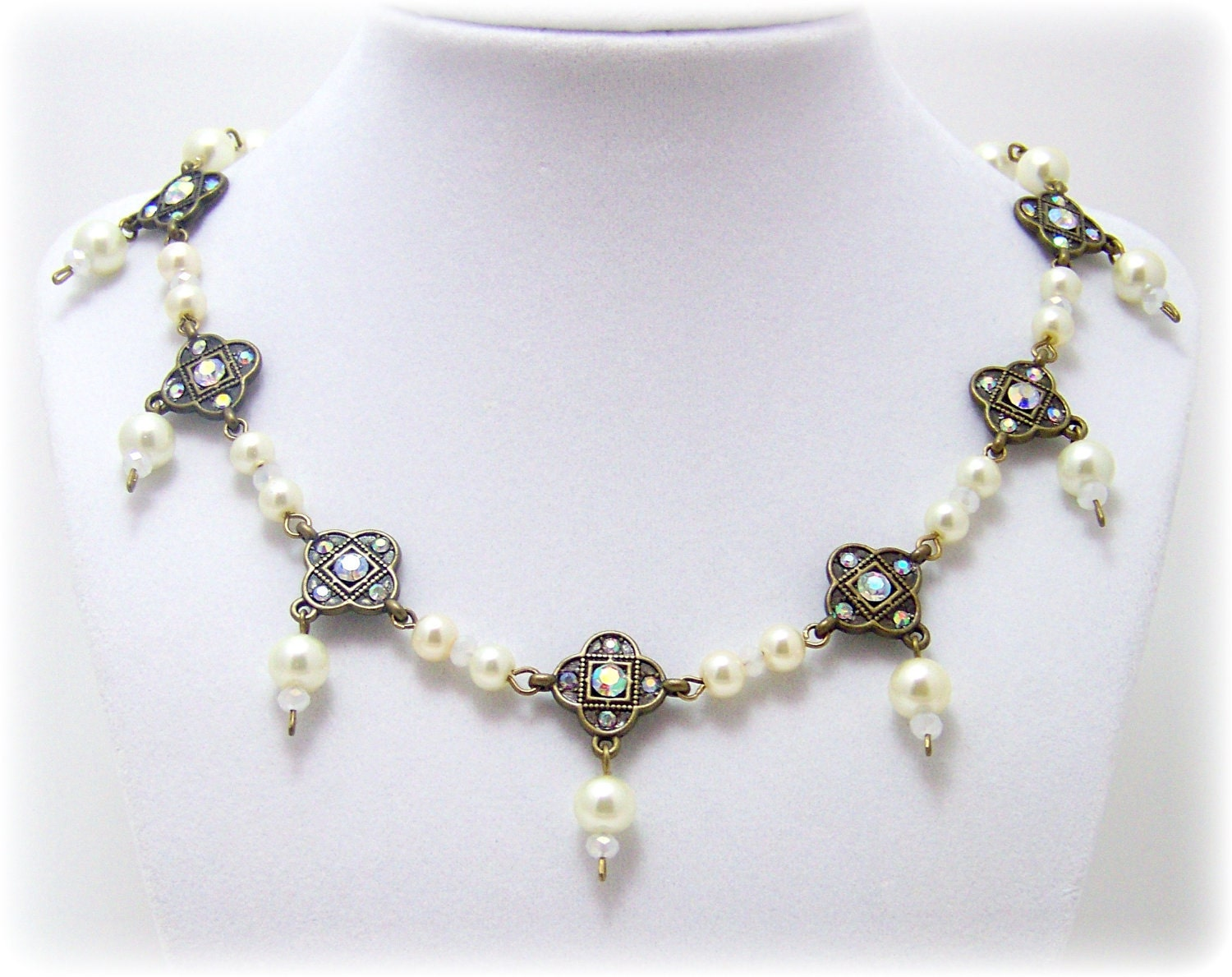 Medieval necklace medieval jewelry by treasuresforaqueen for Mary queen of scots replica jewelry