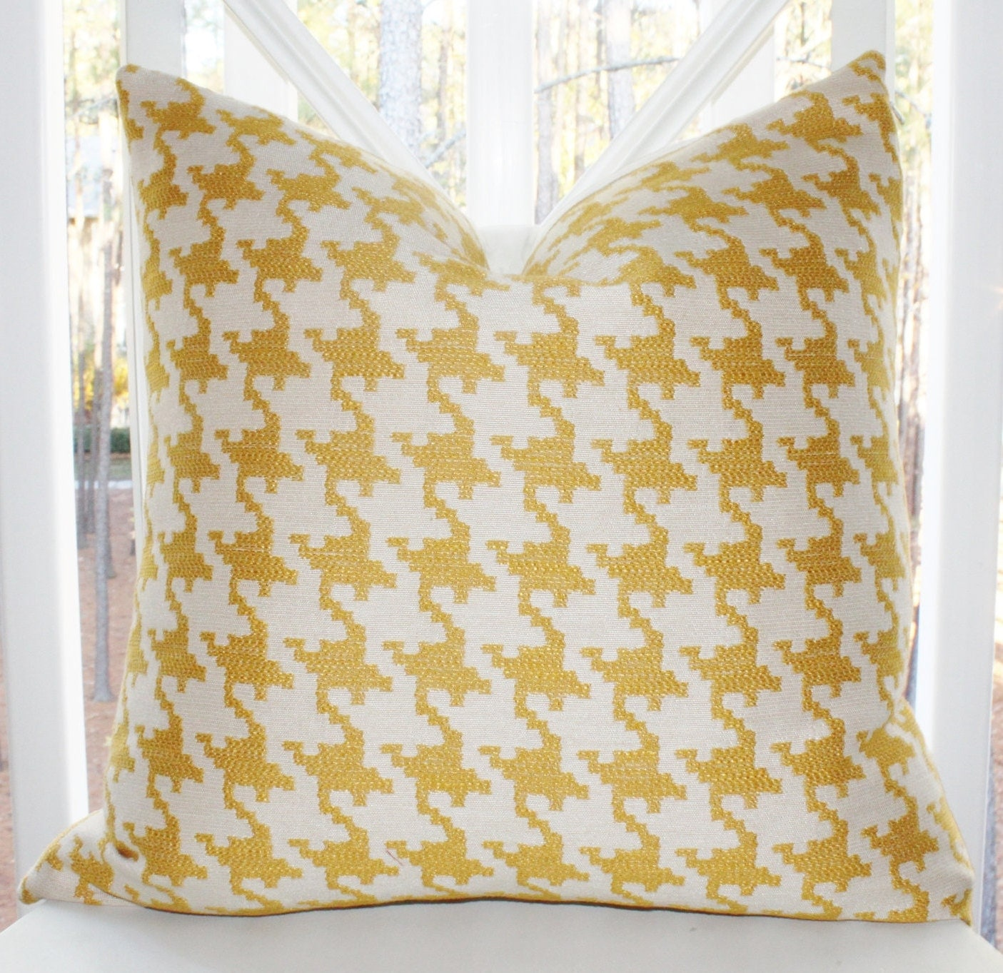 Items similar to Decorative Designer Pillow Cover - 16x16 Yellow Gold Geometric Houndstooth ...