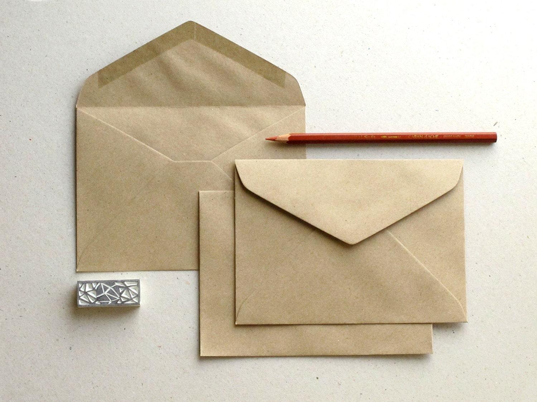 Конверты из бумаги крафт