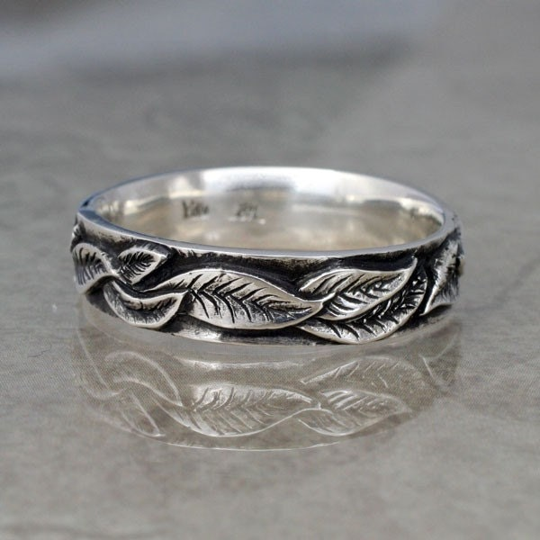 LAUREL LEAF Wedding Band 5mm width A Ring in Sterling Silver