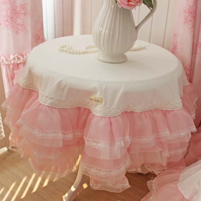 Pink organza ruffle lace tablecloth by lovelydecor on etsy - Manteles shabby chic ...