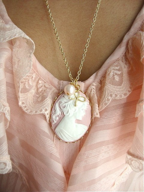 Jane Austen-PINK Victorian Cameo Necklace