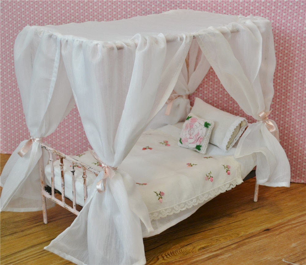Canopy Bed Doll Bed Victorian Metal 1/6th by dreamcometruebeds