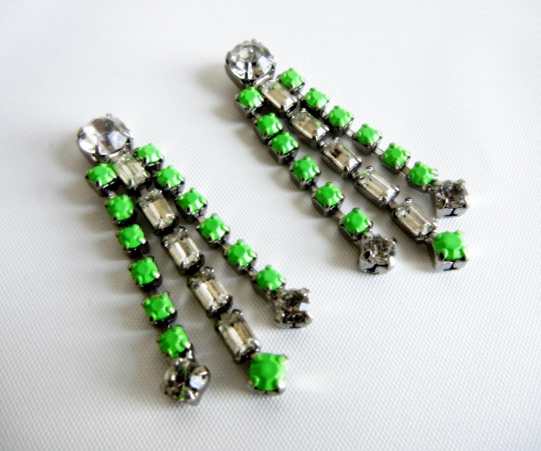Vintage 1950s One Of A Kind Neon Green Rhinestone Earrings