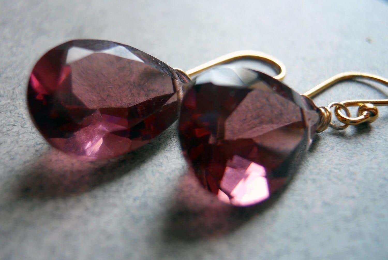 SALE was 45 now 38 Vamp Kunzite Quartz Pear Shaped earrings RARE AAA quality - $38.00 USD