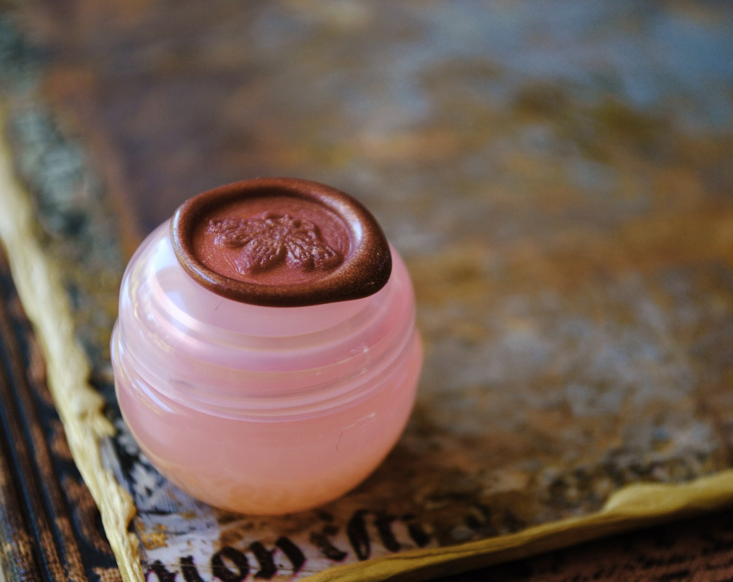 Spicy Floral Solid Natural Perfume Mini Sample of Aurora - An eco-luxe elixir with twinkling magic. - IlluminatedPerfume