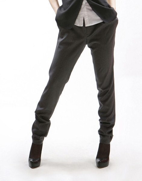 Slim fitted classy grey pants