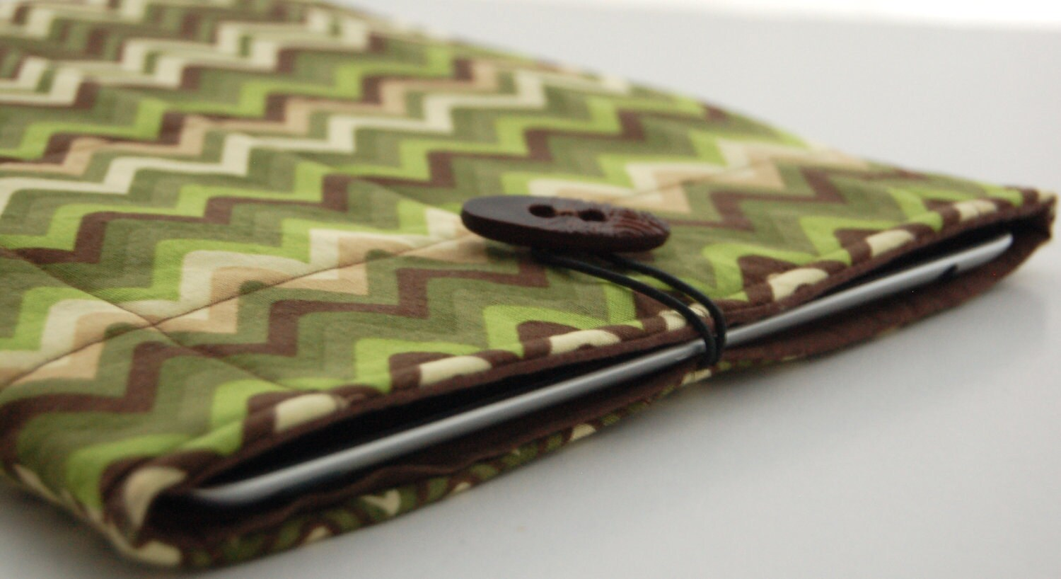 iPad Sleeve Case in Green Brown and Beige - PeetSwea