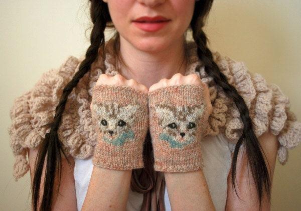 meow mitts KNITTING PATTERN