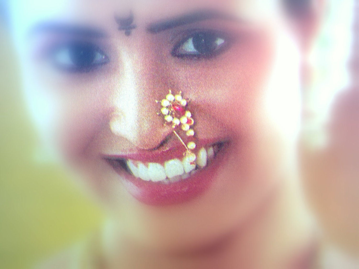 how to wear maharashtrian nath without piercing
