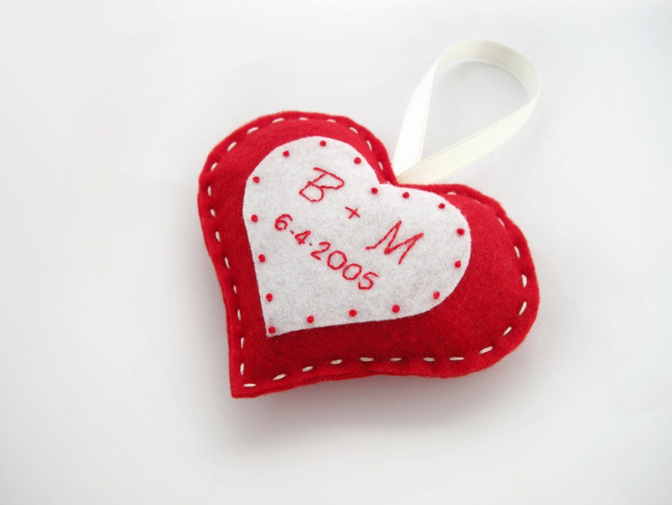 Personalized heart, custom Valentine day decor, wedding initial decoration, red and white heart,custom couple gift