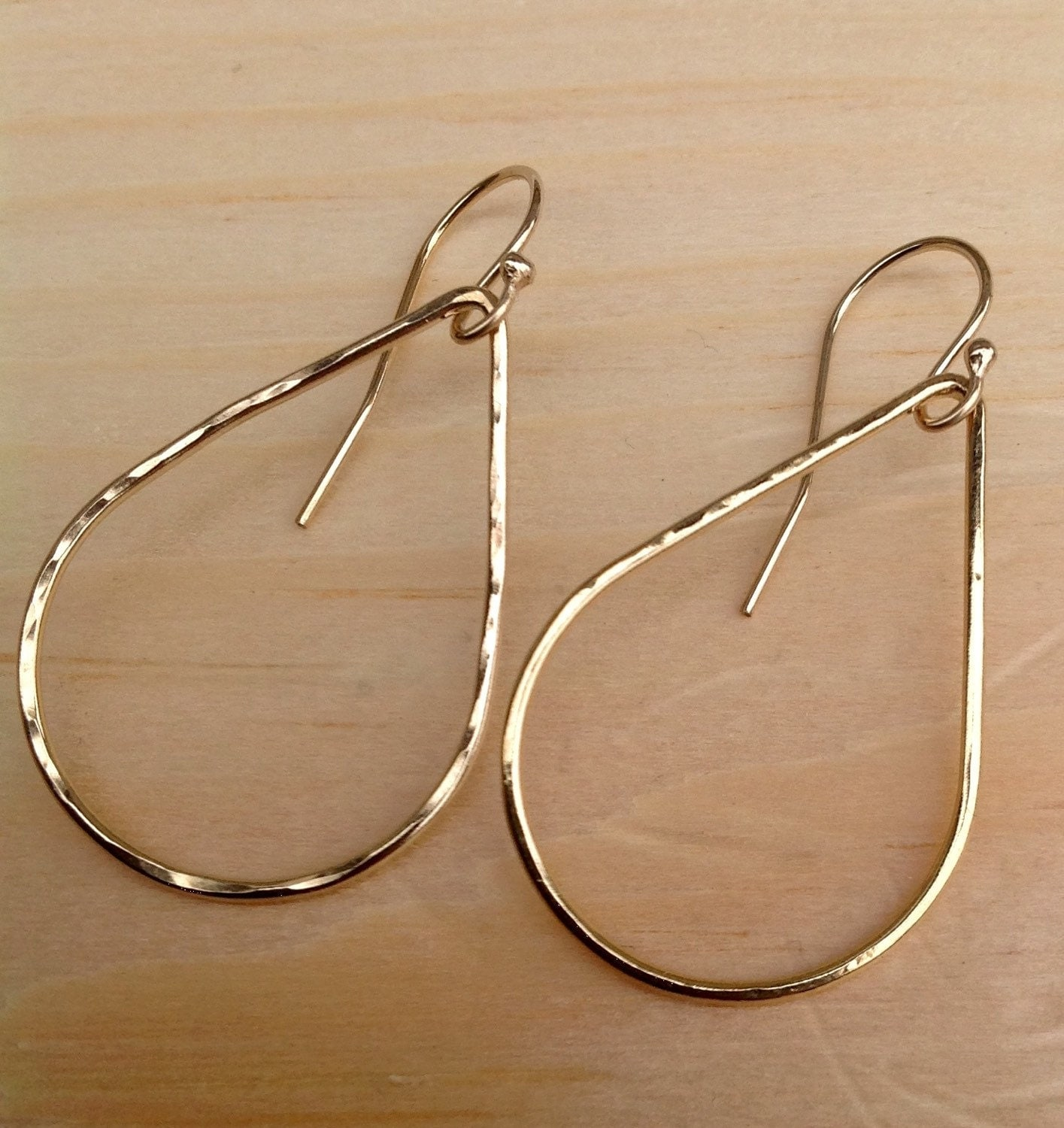 Hammered K Gold Teardrop Hoops Classic