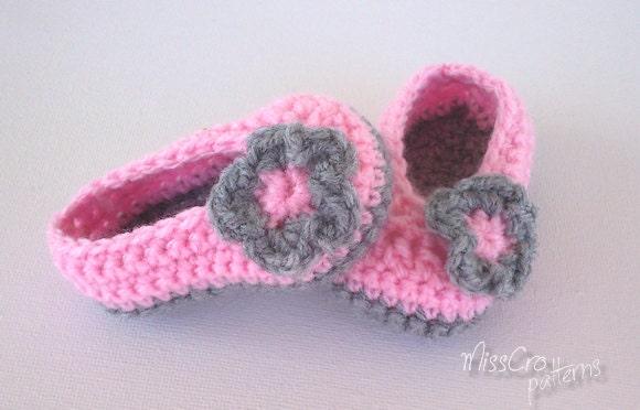 Crochet Baby Ballet Shoes Pattern : Crochet Baby booties Crochet pattern ballet shoes by MissCro