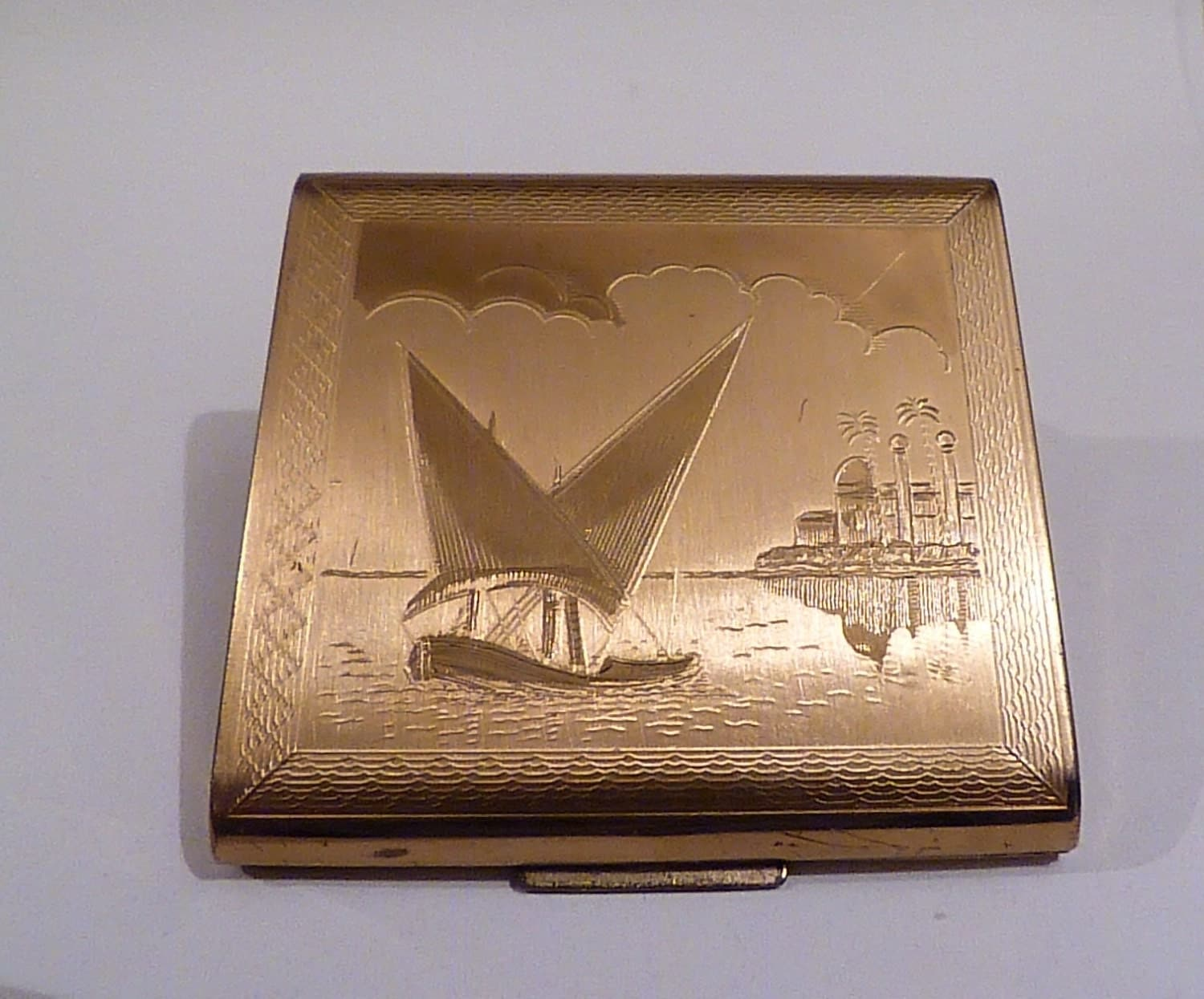 Vintage compacts Zenette ship  boat compact mirror bridesmaids gifts vintage wedding presents