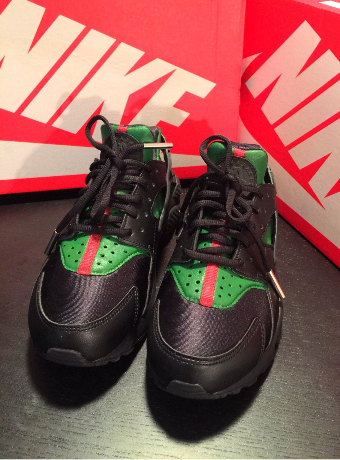 Free Shipping Gucci Inspired Nike Huaraches Custom By QueenofCustomz On Etsy