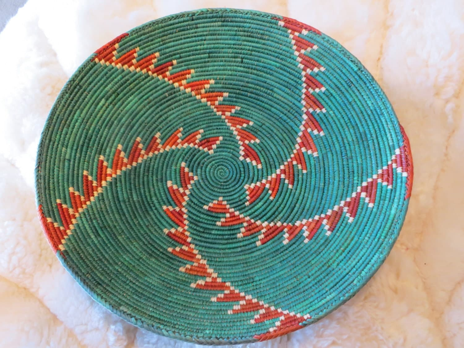 FREE SHIPPING!  Large colorful southwestern basket, appears hand woven, possibly native American, intricate detailing