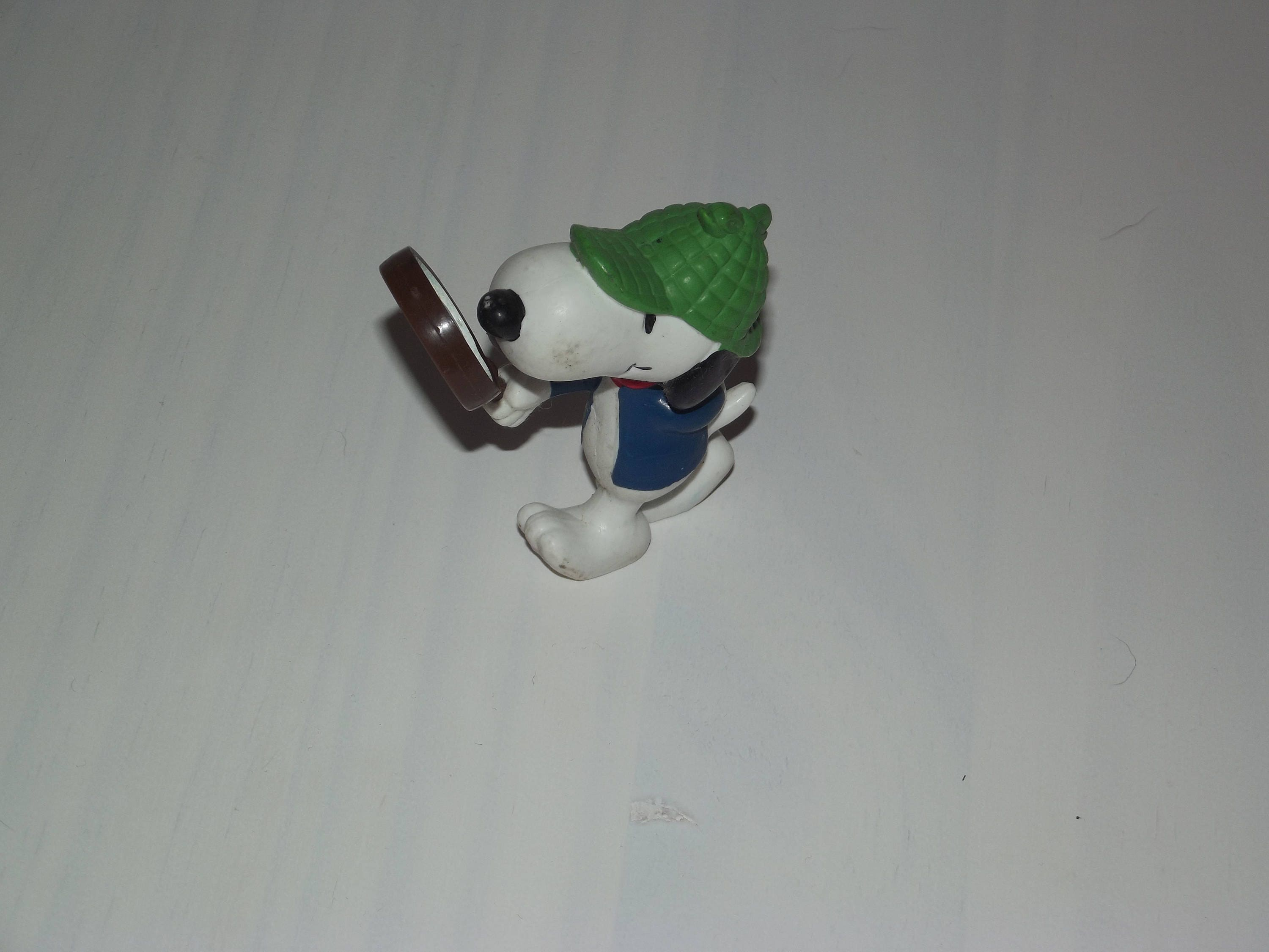 Vintage Snoopy, Vintage United Feature Snoopy, Vintage looking glass Snoopy 195866 rare