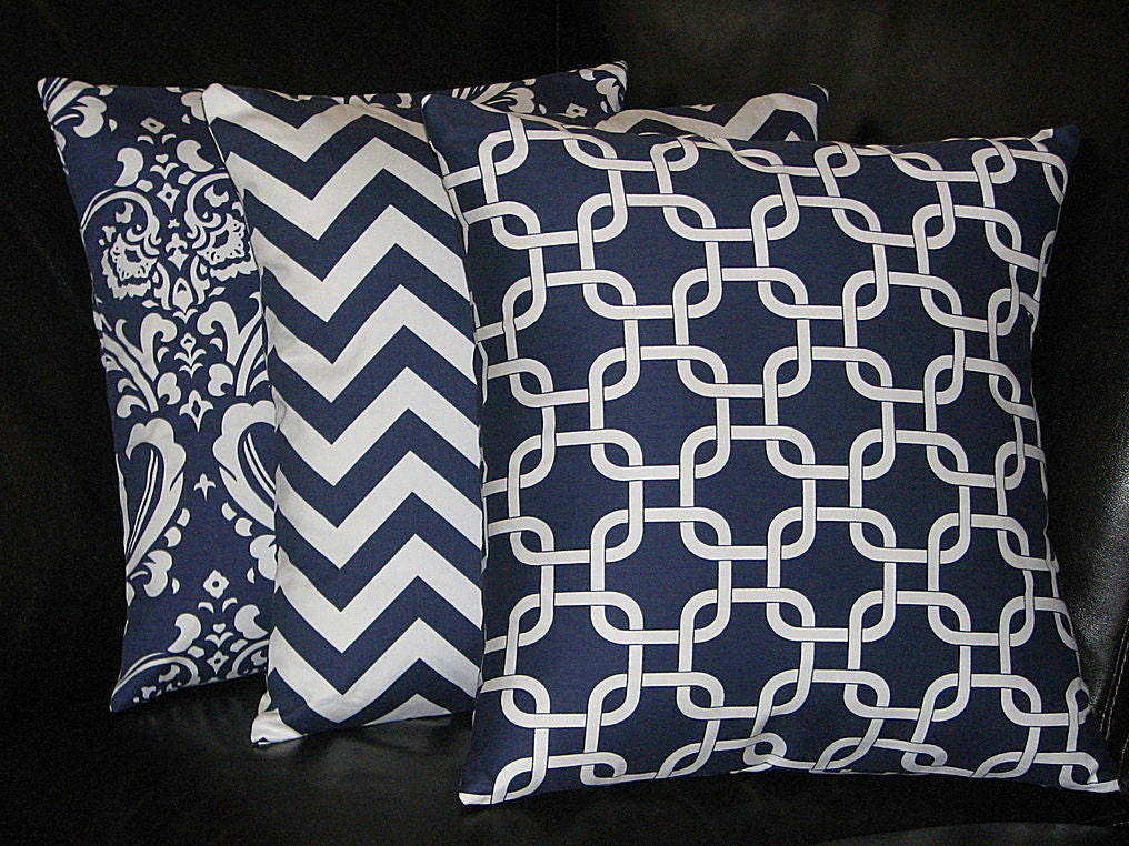 Decorative Pillow Trio : Items similar to Pillows Decorative Pillows TRIO damask, chevron, chain link 18x18 inch Throw ...