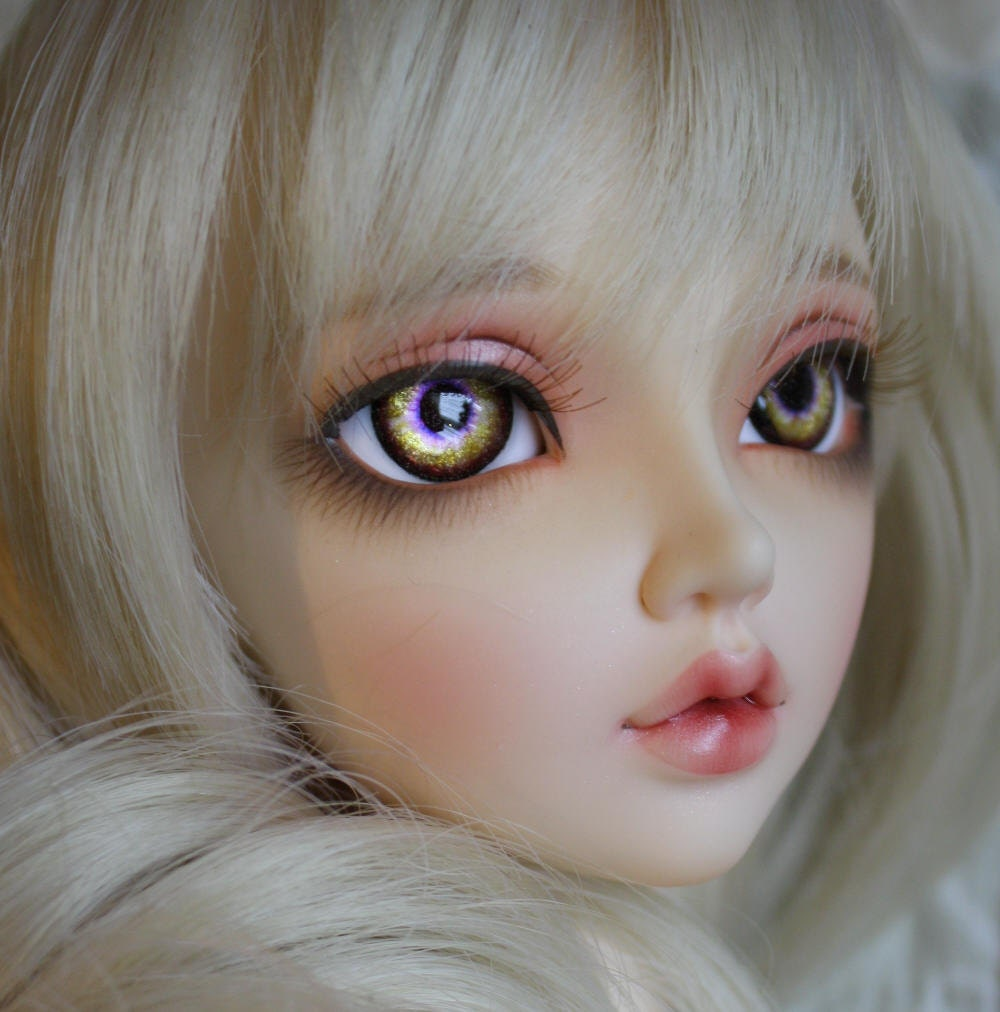 BJD eyes Doll eyes Hand made available in 12141618202224mm Hummingbird Kiss made to order