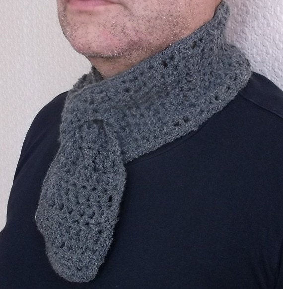 Crochet Mens Scarf : Mens Grey Scarf Handmade Crochet by AtelierRaniera on Etsy