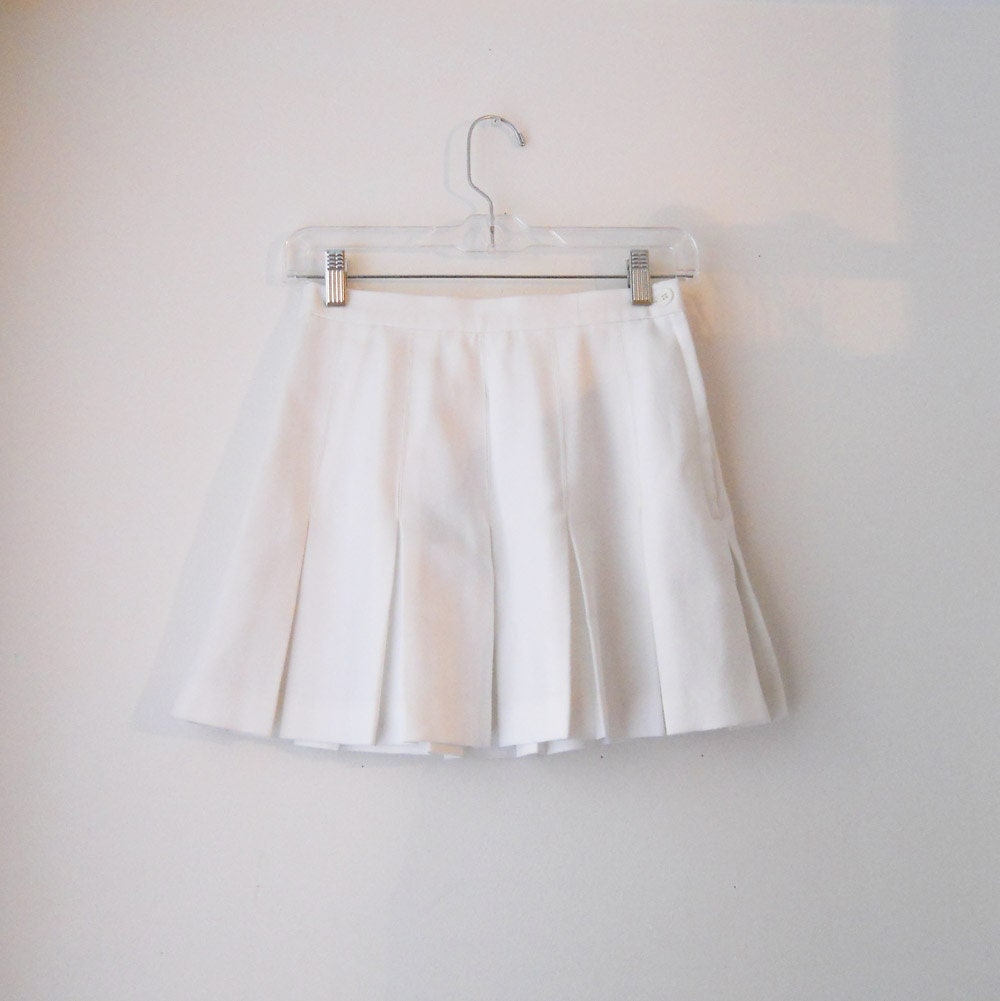 vtg white pleated tennis skirt by sussudionyc on etsy