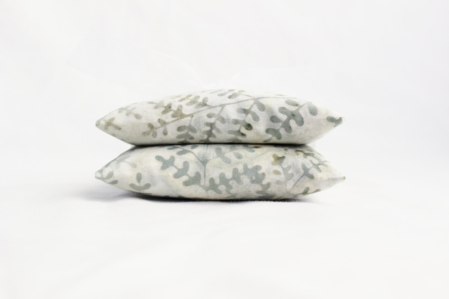 Spring Leaves Lavender Sachets, Grayed Jade, Natural Scent Drawer Sachets - Gardenmis