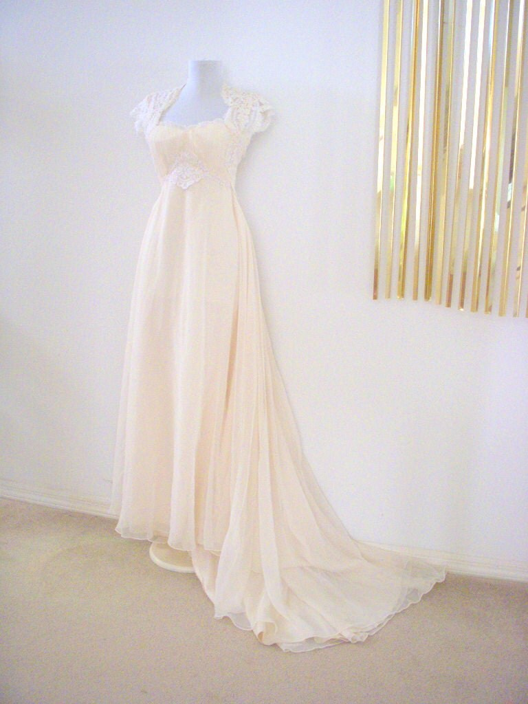 Vintage 70s jane austen regency style ivory by omagainvintage for 70s style wedding dress