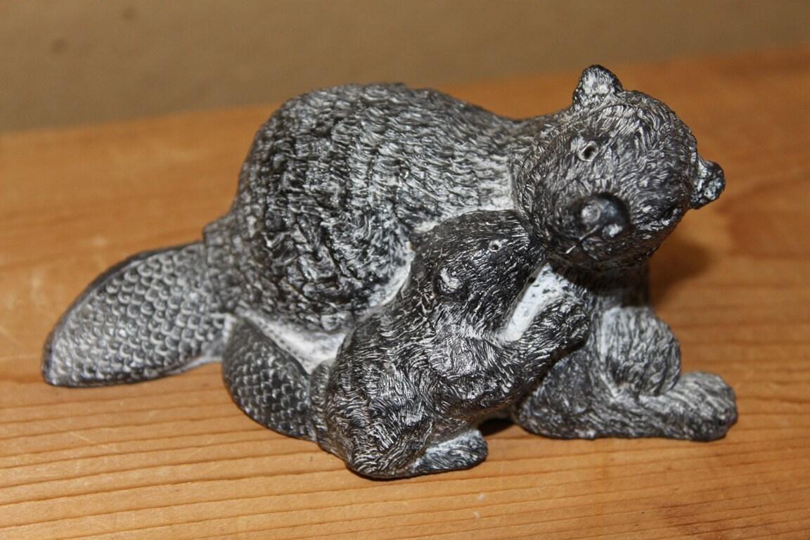 Beaver family eskimo inuit soapstone carving by sersonantiques
