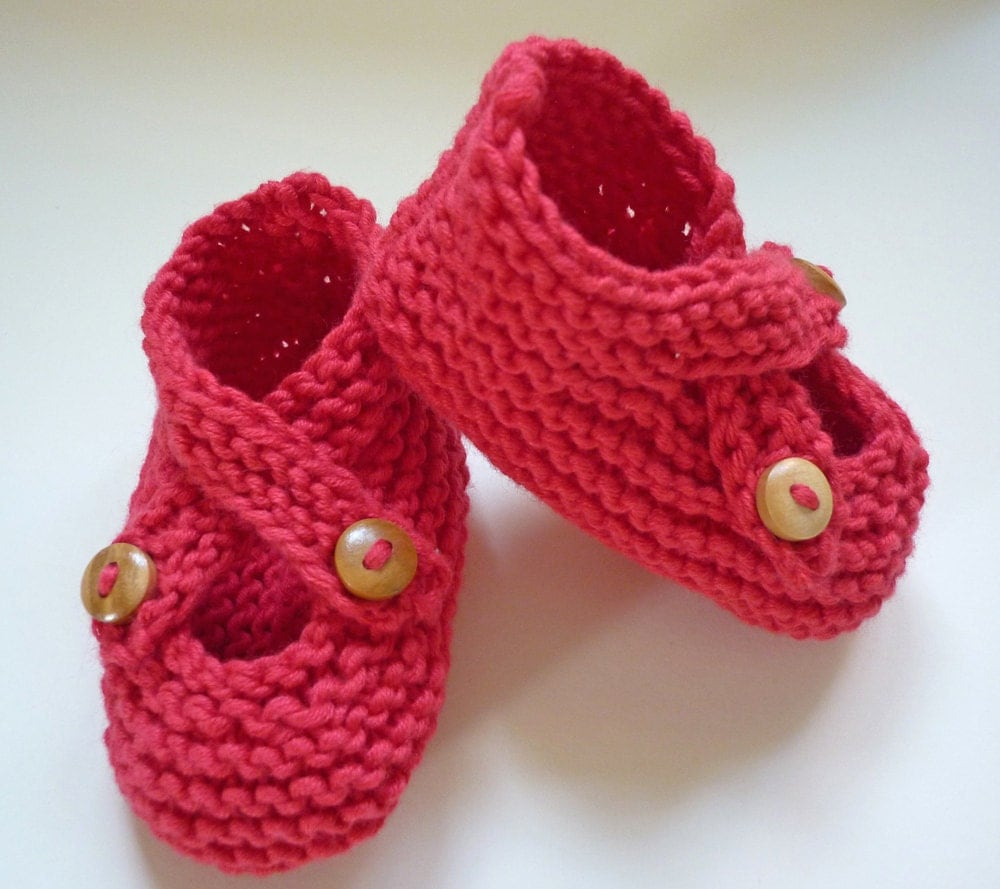 Easy Knitting Pattern Hat : Knitting Pattern Baby shoes with Crossover strap by LoveFibres
