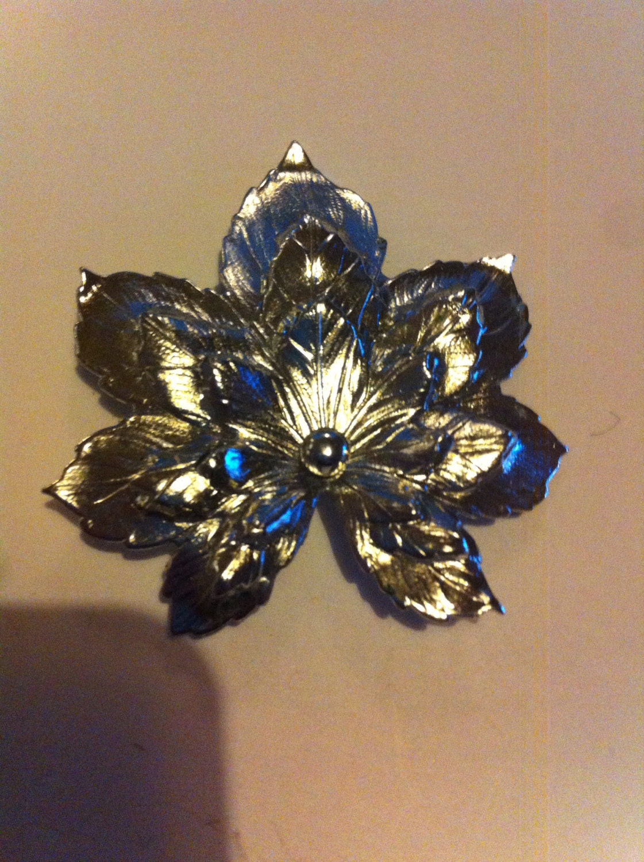 Silver metal maple leaf brooch antique vintage retro jewellery 50s