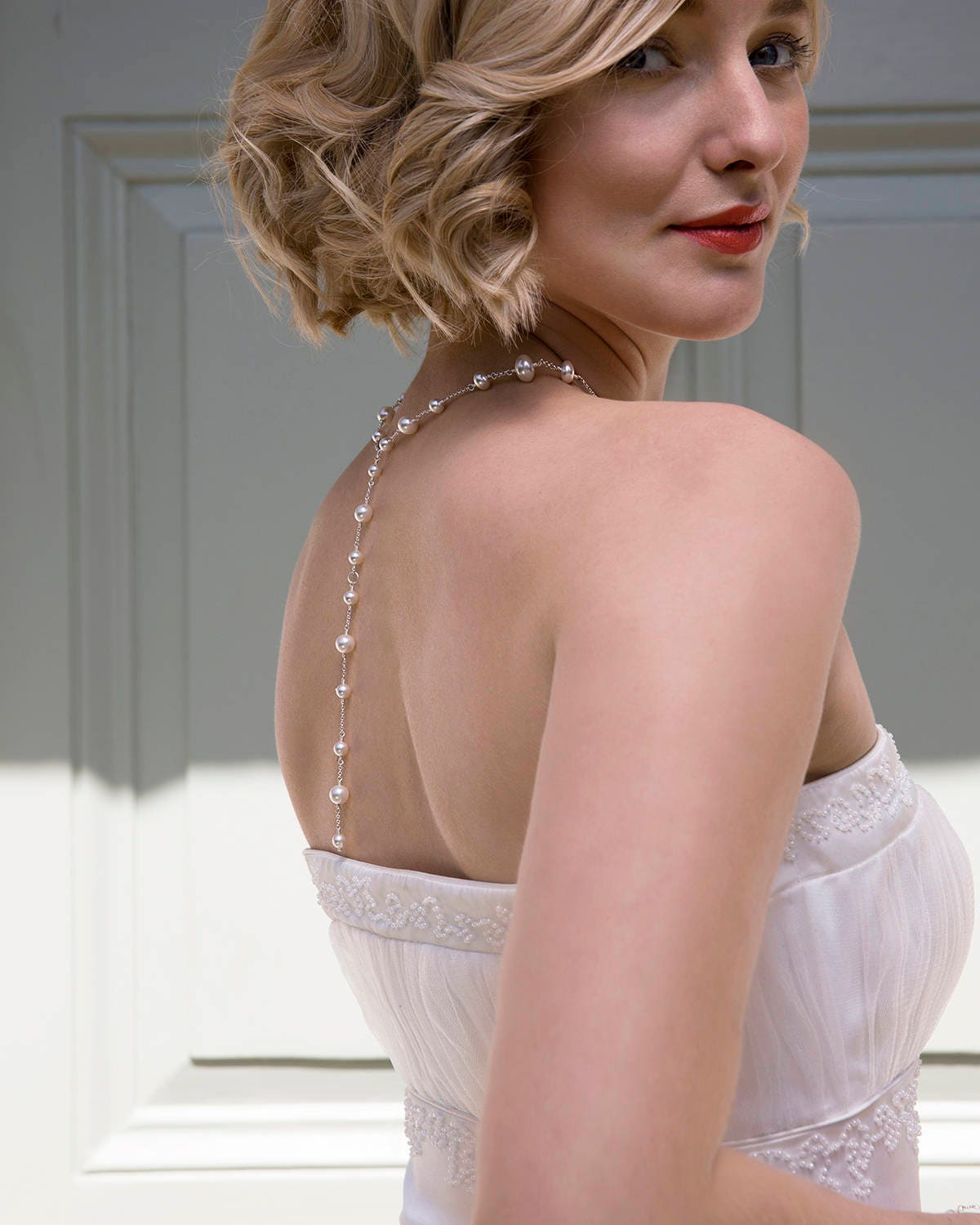 Back drop bridal necklace back drop necklace bridal backdrop necklace pearl bridal jewelry  Juliet