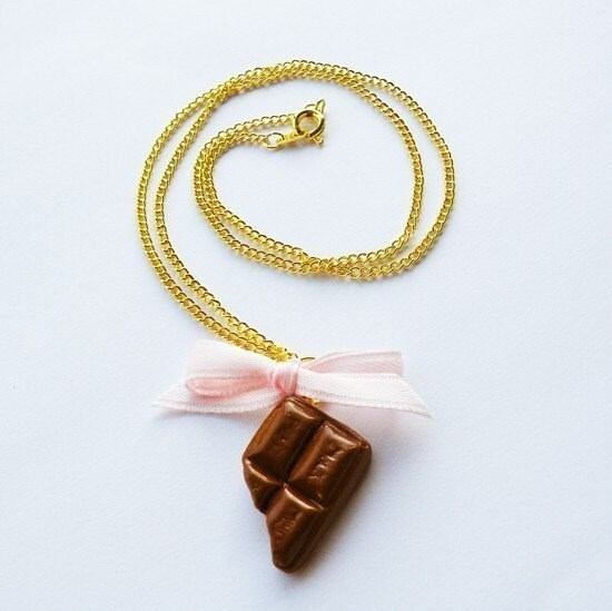Sweet Chocolate Pink Bow Necklace