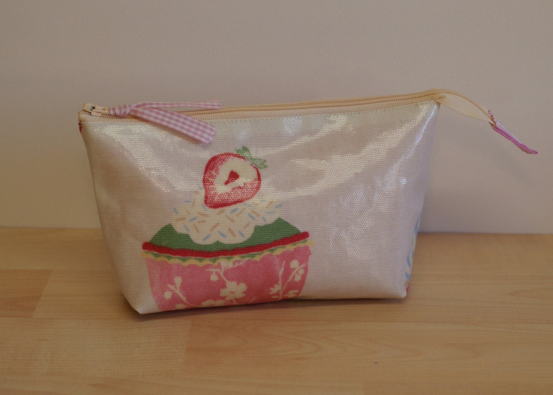Cosmetic bag makeup bag felt tip pen case cupcake design pvc fabric.