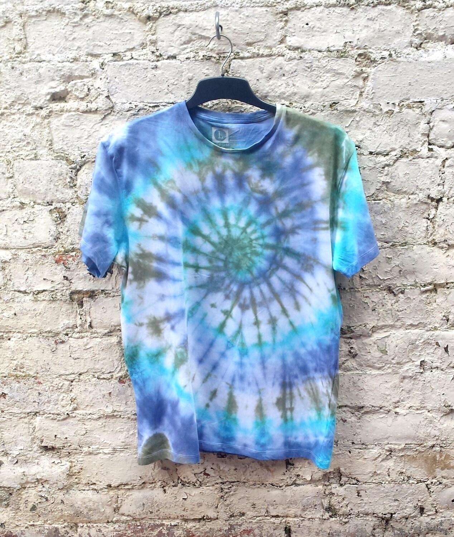 Mens Tie Dye Shirt Hippie Tshirt Unisex Tshirt All Sizes Festival Clothing Trippy Psychedelic Mens Clothing Gifts for Him