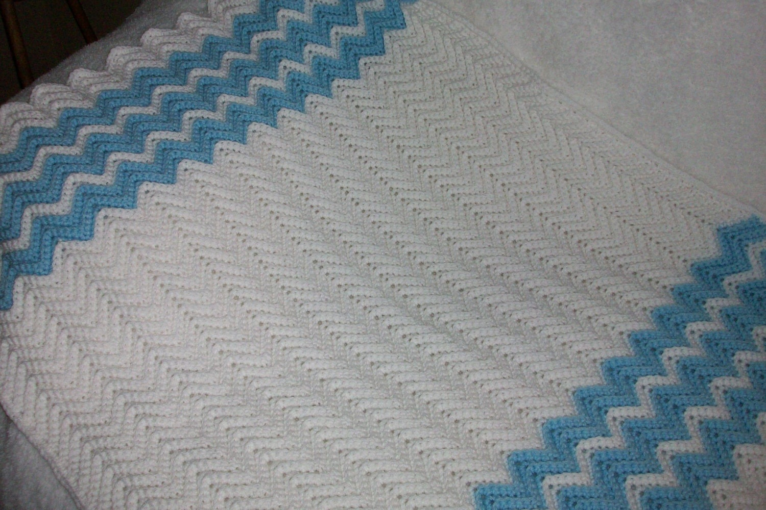 Free Beginner Crochet Ripple Baby Blanket Pattern : RIPPLE CROCHET BABY BLANKET ? Crochet For Beginners