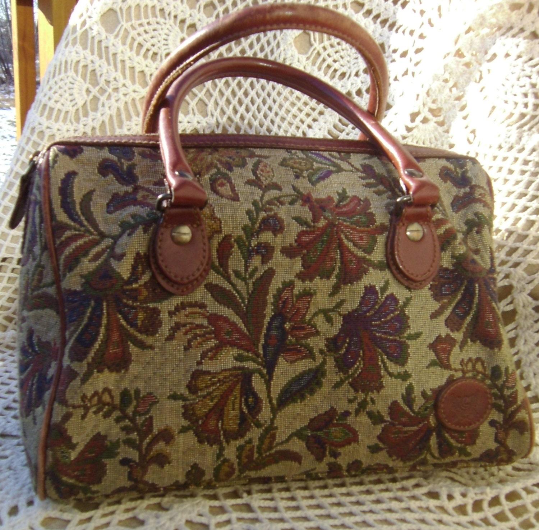 Lovely Liz Claiborne Floral Tapestry Carpet Bag By
