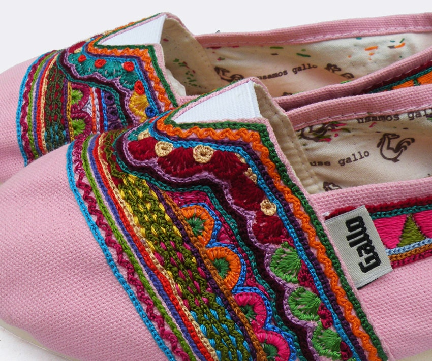 Gallo hand embroidered shoes