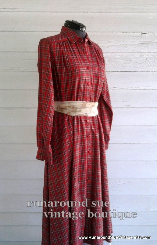 CLEARANCE - Vintage Dress - 50s Inspired TARTAN Shirt Dress by Liz Claiborne S