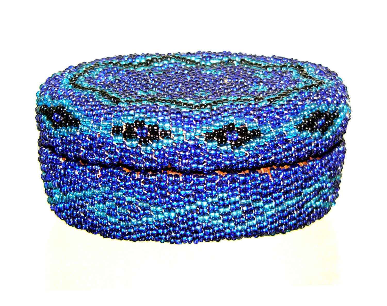 vintage african beaded basket with lid handmade by unbeatenpath. Black Bedroom Furniture Sets. Home Design Ideas