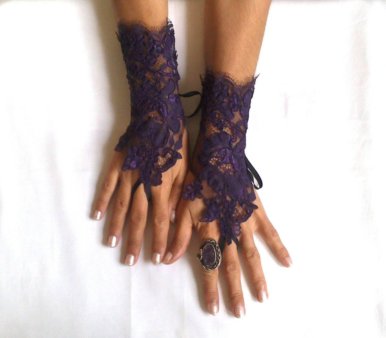 Goth gothic purple lace gloves french lace bridal by for Lace glove tattoo
