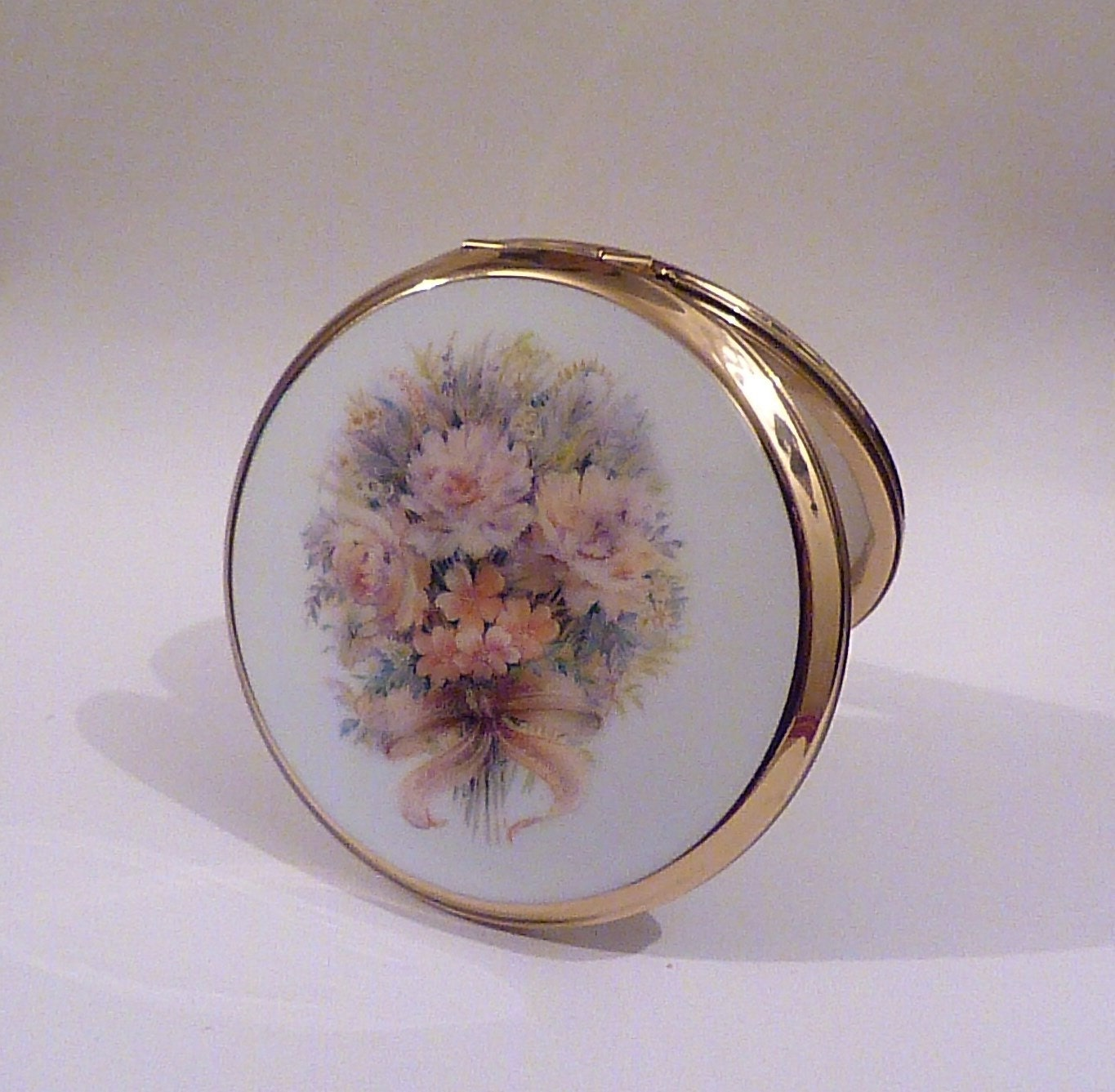 Retro Stratton Wedding Bouquet powder compact bridesmaids gifts pink floral compact mirrors for sale